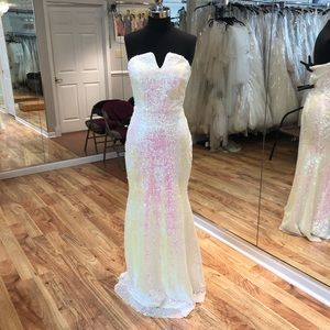 Dresses & Skirts - Long sequin gown